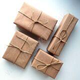 Упаковать подарки в бумагу крафт однотонный